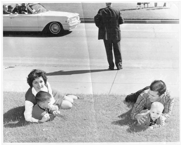 "JFK: The James ""Ike"" Altgen's photo timeline"