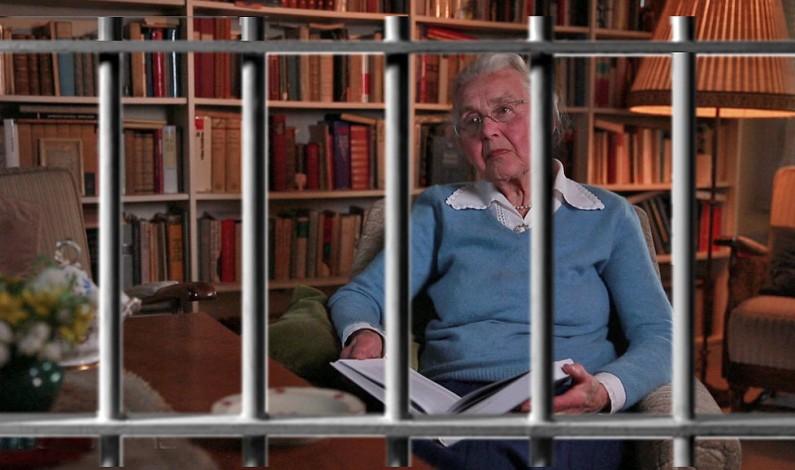 Holocaust Deniers of the World, Unite – behind Ursula!