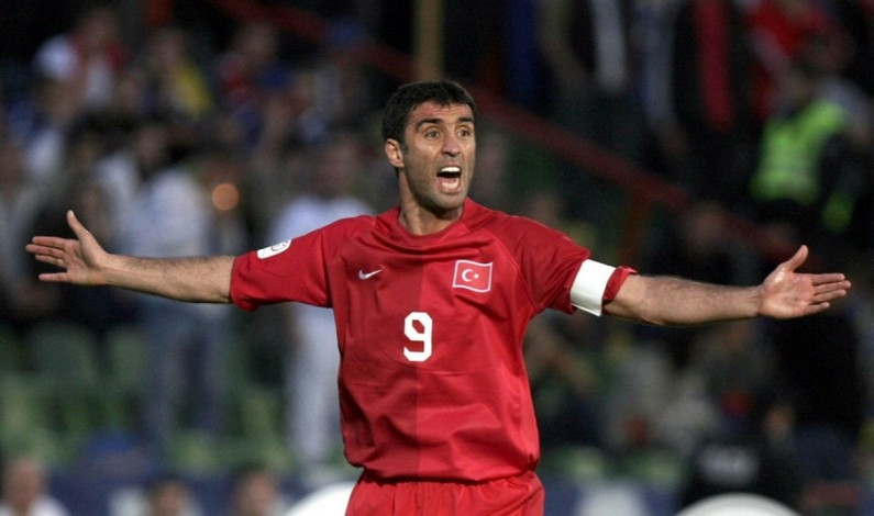 Turkish Football Legend Faces 4 Years Behind Bars for 'Insulting' Erdogan