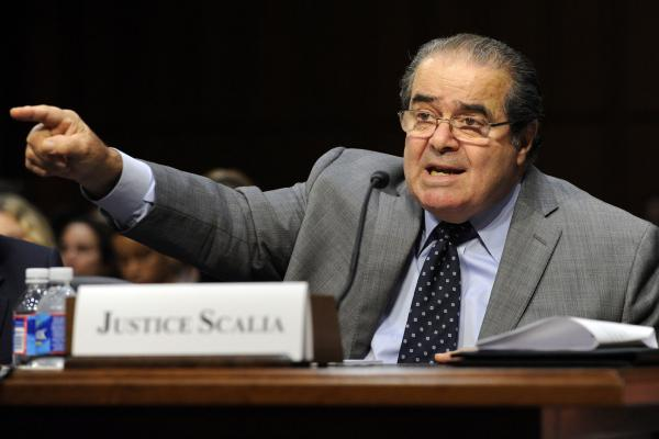 Corporate media very visibly rolls over on Scalia death invetigation