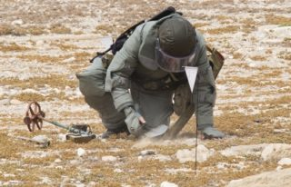 Mine clearing before the concert