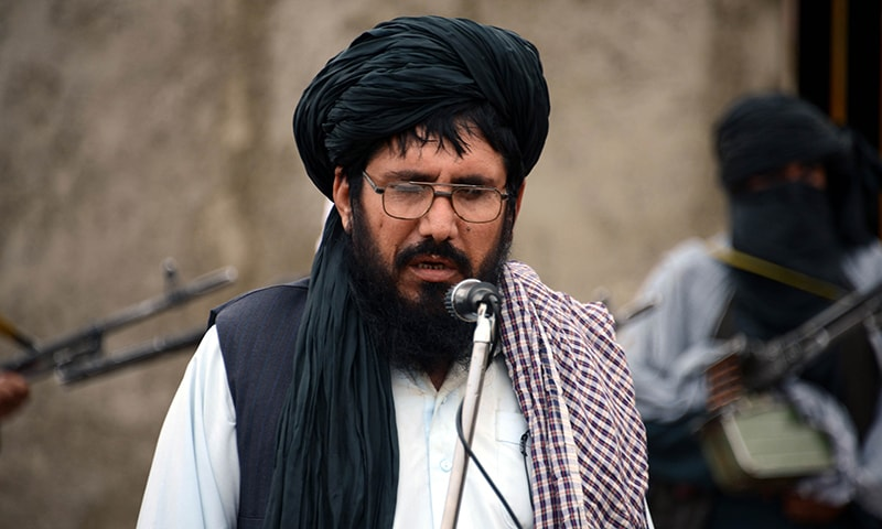 In this photograph taken on November 3, 2015, Mullah Mohammad Rasool Akhund, the newly appointed leader of a breakaway faction of the Taliban, addresses a gathering of supporters at Bakwah in the western province of Farah. A breakaway faction of the Taliban has appointed its own leader in the first formal split in the Afghan militant movement under new head Mullah Mansour, posing a fresh hurdle to potential peace talks. Mullah Rasool was named the leader of the faction in a mass gathering of dissident fighters this week in the remote southwestern province of Farah, according to an AFP reporter who attended the meeting. AFP PHOTO / Javed Tanveer