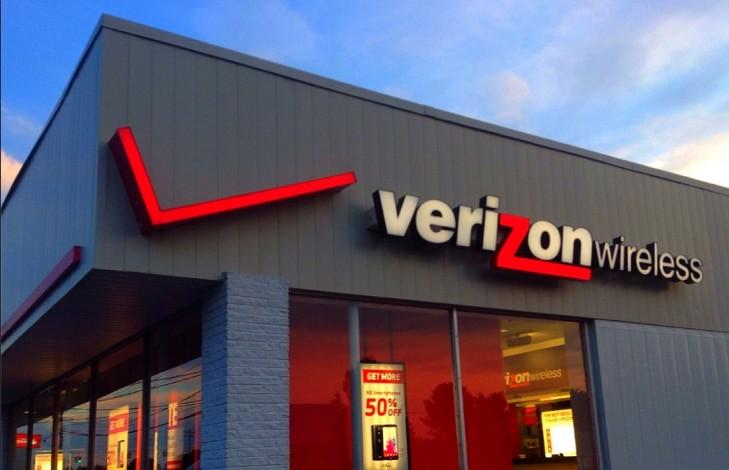 Union files FCC complaint over Verizon 'deception' as worker strike hits 3rd week
