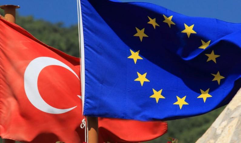 EU Commission backs visa-free travel deal with Turkey