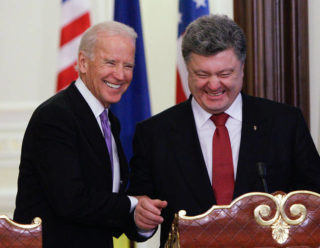 Joe Biden with Ukrainian President Petro Poroshenko