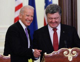 Joe Biden with Ukrainian President Petro Poroshenko