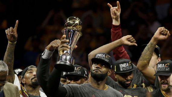 NBA king James and his court