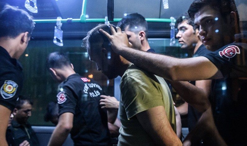 Turkish Authorities 'Using the Coup to Purge the Army, Build Up New Forces'