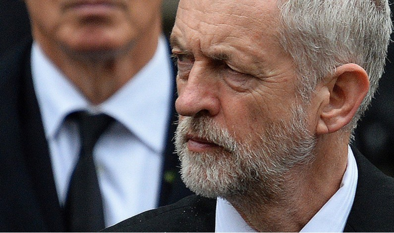 Corbyn: UK Needs Review of US Ties After 'Illegal' Iraq Invasion