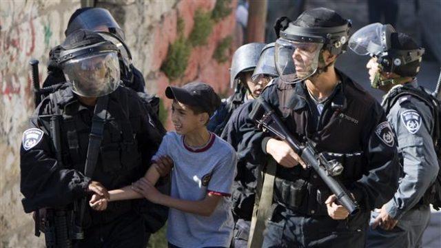 Israeli-forces-arrest-Palestinian-child