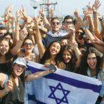 Israelis welcome immigrants