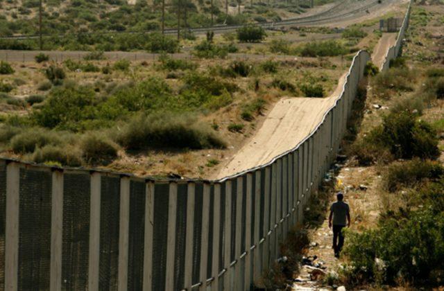 Even America's walls are shit