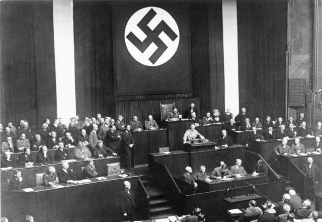 Rede Adolf Hitlers zum Ermächtigungsgesetz