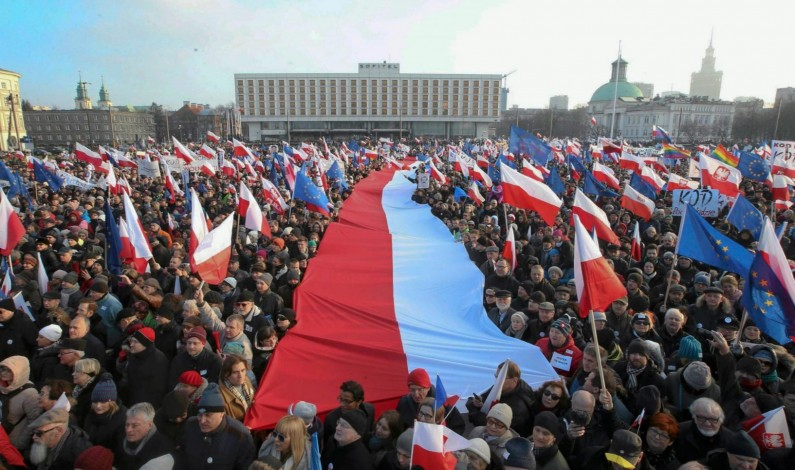 Poland Given Yet Another Warning by EU Over Constitution Standoff