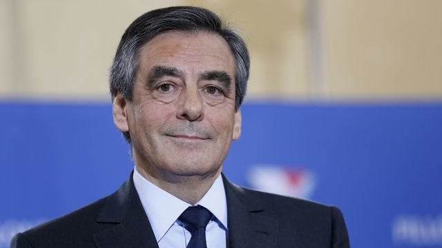 Francios Fillon with his winner's smile - France trending toward it roots