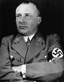 Престон Джеймс - Что же на самом деле произошло с Гитлером и высшим командованием Третьего Рейха? 200px-Martin_Bormann_edit324h