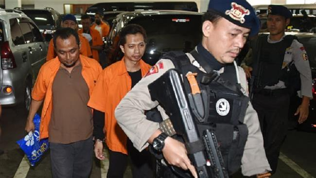 Indonesian police arrest 17 nationals upon returning from Syria