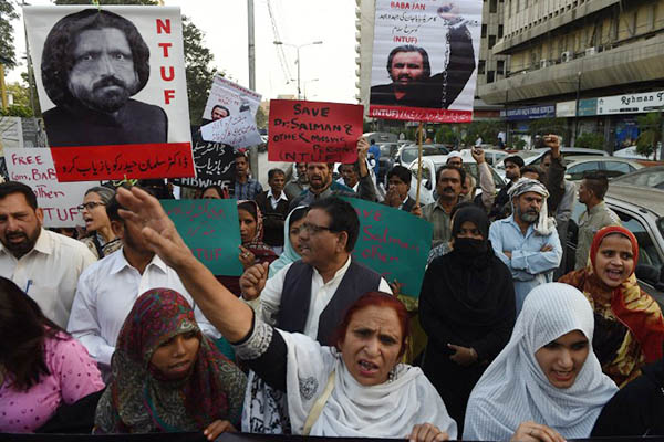 Pakistan: Uproar over Missing bloggers