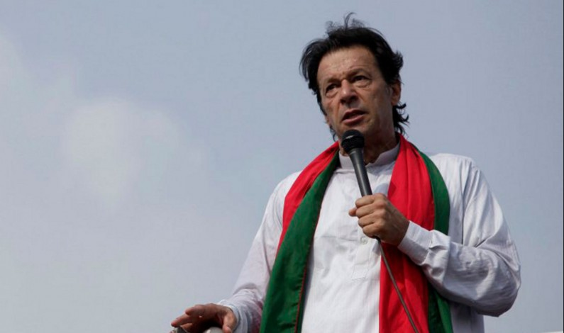 Pakistan: How Imran Khan Plotted to Overthrow Sharif's Government?