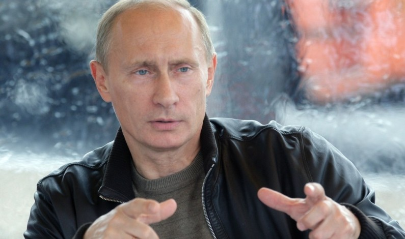 Vladimir Putin to US journalist: Don't be an idiot