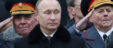 """Oliver Stone: Putin """"bombed the shit"""" out of ISIS in Syria"""