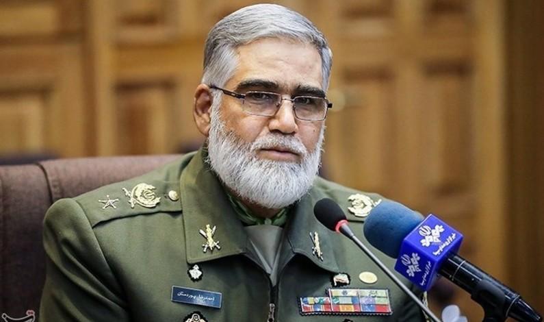 Israeli, US, UK Spy Agencies Plotting against Iran with Saudi Petrodollars: Commander