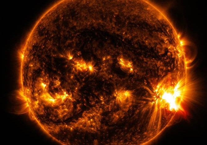 Solar activity behind unusually severe hurricane season?