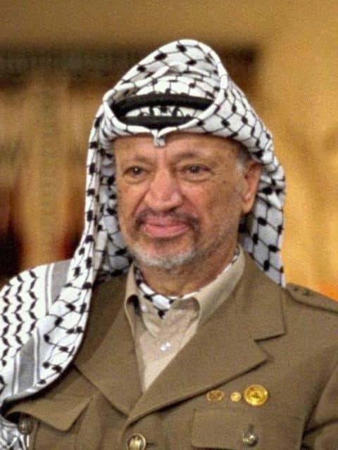 Кто отвечает? Yasser-Arafat-480x640